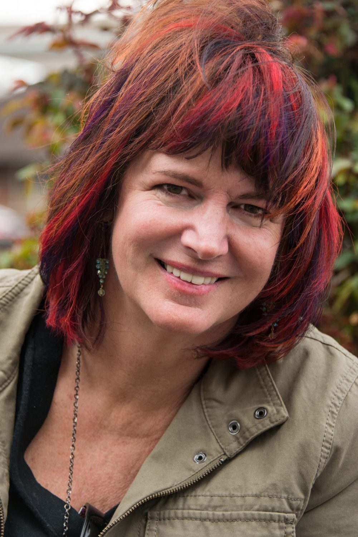 In memory of artist Leslie Scott